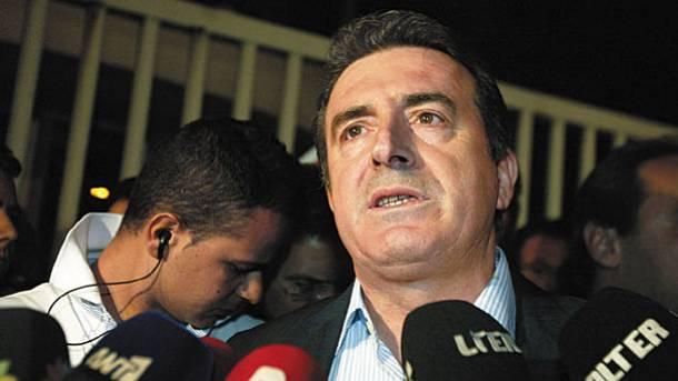 10 ΧΡΟΝΙΑ ΠΡΙΝ – Δημοκρατική κατάκτηση ή παρανομία   tovima.gr