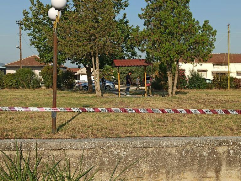 Σέρρες – Προφυλακίστηκε ο 21χρονος που σκότωσε τον φίλο του – Το ξέσπασμα του πατέρα του θύματος έξω από τα δικαστήρια   tovima.gr