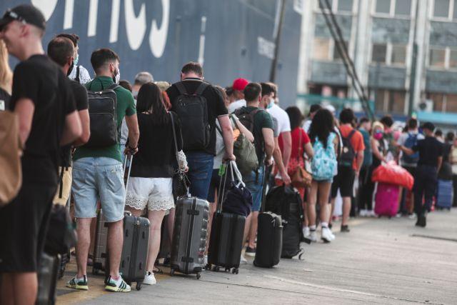 Κορωνοϊός: Ανησυχία για την μεγάλη επιστροφή από τα νησιά – Βλέπουν αύξηση κρουσμάτων και πίεση στο ΕΣΥ   tovima.gr