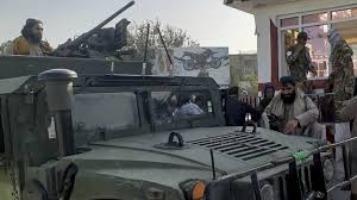 Αφγανιστάν – Εκρήξεις στην Καμπούλ – «Μπήκαμε σε συνοικίες για να εγγυηθούμε την ασφάλεια» λένε οι Ταλιμπάν | tovima.gr