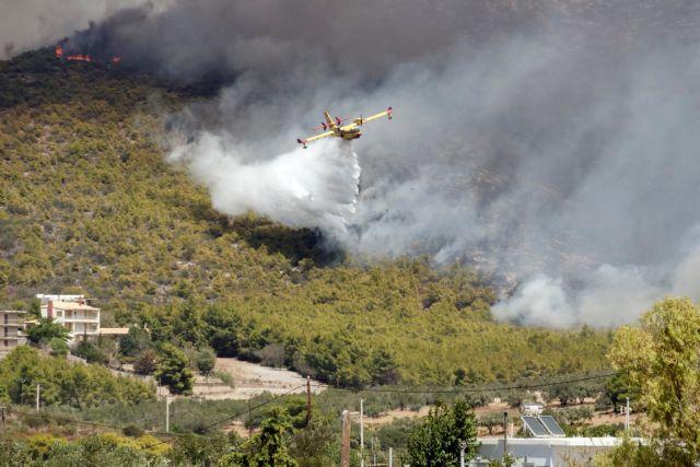 Έκτακτη ενημέρωση για τις πυρκαγιές από τον Χρυσοχοΐδη στις 20.30 | tovima.gr