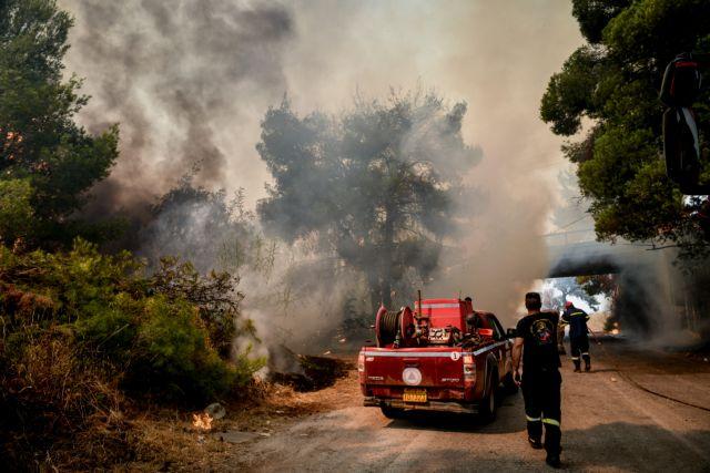 Φωτιά στην Κερατέα – Πού έχει διακοπεί η κυκλοφορία   tovima.gr