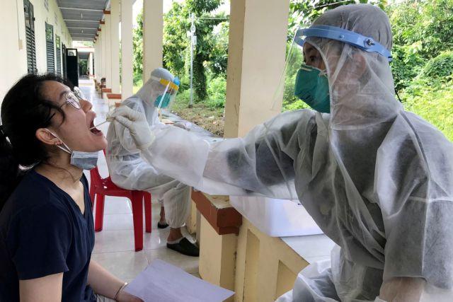 Κορωνοϊός – Σχεδόν αλώβητη, η Σιγκαπούρη θα αντιμετωπίζει την απειλή όπως τη γρίπη   tovima.gr