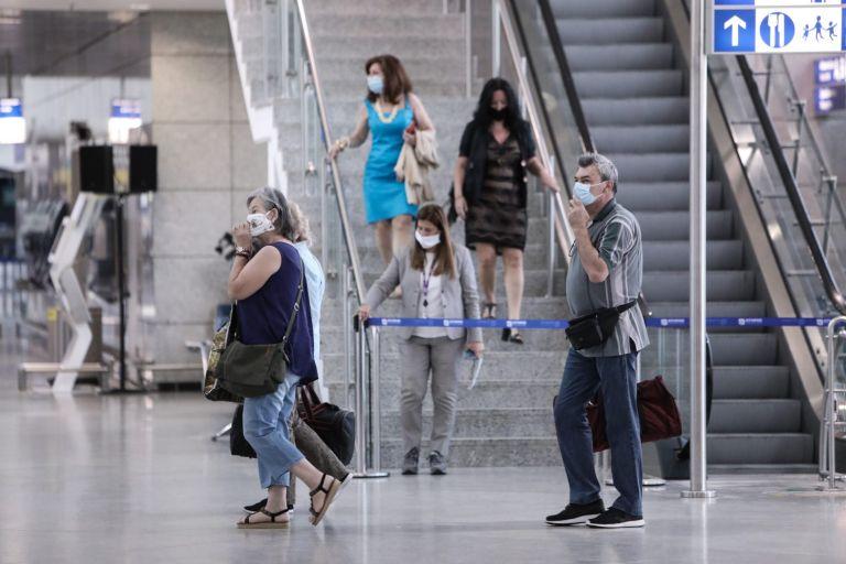 Πτήσεις – Άνοδος στη διακίνηση επιβατών – Πληθαίνουν οι αεροπορικές αφίξεις από το εξωτερικό | tovima.gr