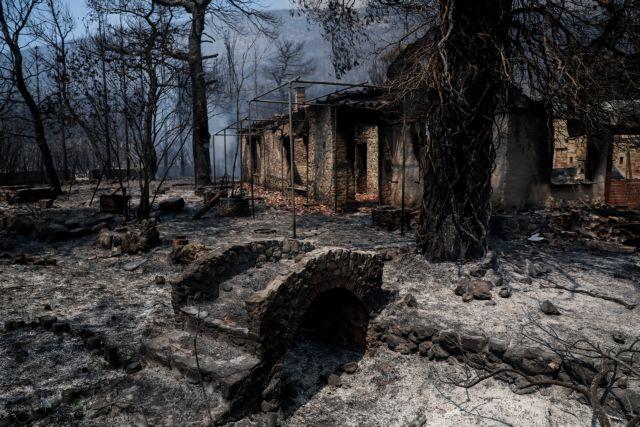 Βίλια – Τουλάχιστον πέντε σπίτια έχουν καταστραφεί ολοσχερώς από τη φωτιά | tovima.gr