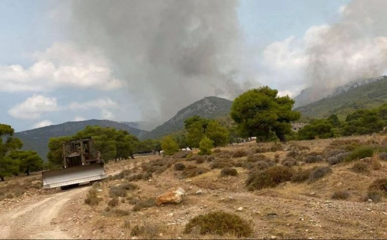 Κόκκαλης για Βίλια – Καλύτερη η εικόνα των μετώπων – Τεράστια η περίμετρος της πυρκαγιάς   tovima.gr