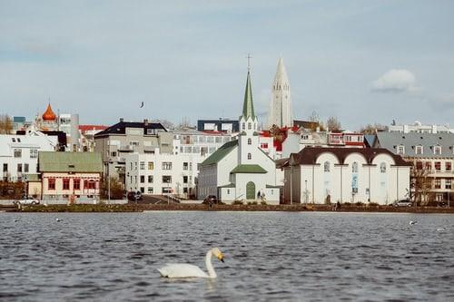 Πανδημία – Το «μάθημα» της Ισλανδίας   tovima.gr