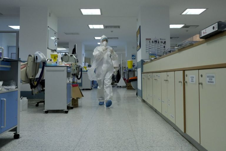 To ΣτΕ απέρριψε τις αιτήσεις νοσοκομειακών για πάγωμα του υποχρεωτικού εμβολιασμού   tovima.gr