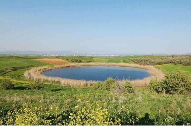 Βόλος – Οι άγνωστες λίμνες Ζερέλια – Δημιουργήθηκαν από σύγκρουση μετεωριτών με τη Γη | tovima.gr