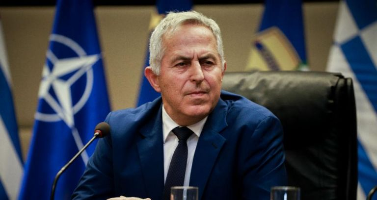 The PM, the Admiral, and the cabinet reshuffle fiasco | tovima.gr