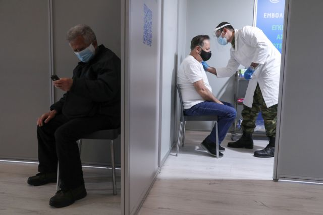 Πλεύρης για «μαϊμού εμβολιασμούς» – Απόλυση και δυσβάσταχτο πρόστιμο για όσους το επιχειρήσουν | tovima.gr