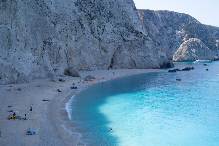 """Greek tourism is """"looking"""" for a strong finish in two sectors 