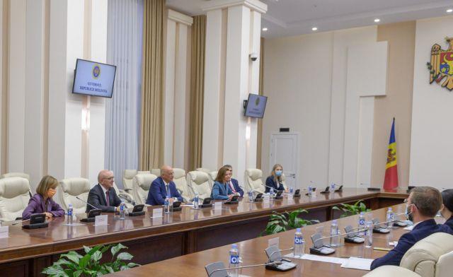 Στη Μολδαβία ο Δένδιας – Στενότερη συνεργασία των δύο χωρών   tovima.gr