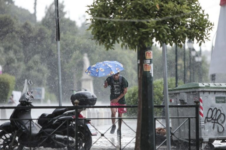 Meteo – Βροχές και καταιγίδες αύριο – Πού θα είναι έντονα τα φαινόμενα | tovima.gr