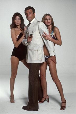 Οι γυναίκες στο πλευρό του 007 | tovima.gr