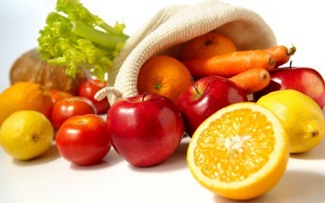 Ποιες τροφές αποτελούν «ασπίδα» ενάντια στην COVID-19 | tovima.gr
