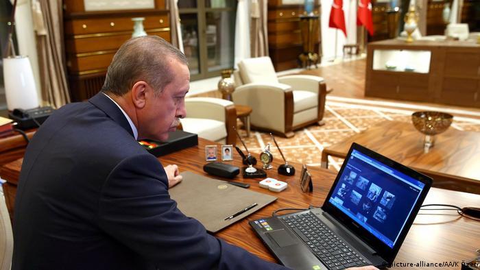 Λογοκρισία Ερντογάν και στο διαδίκτυο   tovima.gr