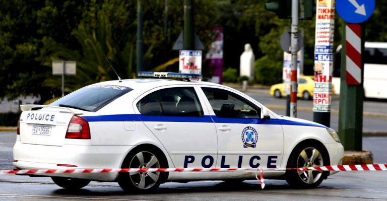 Ληστεία σε τράπεζα στο κέντρο της Αθήνας – Με βαρύ οπλισμό οι δράστες | tovima.gr
