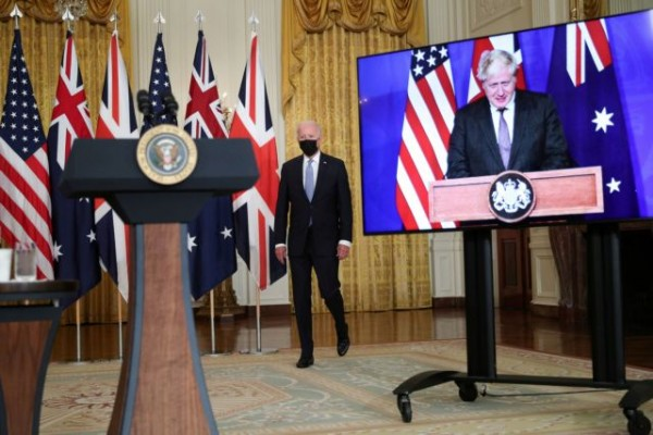 AUKUS – Πώς η συμμαχία ΗΠΑ, Βρετανίας, Αυστραλίας ανατρέπει τις ισορροπίες – Στο στόχαστρο το Πεκίνο – Οργή Γαλλίας | tovima.gr