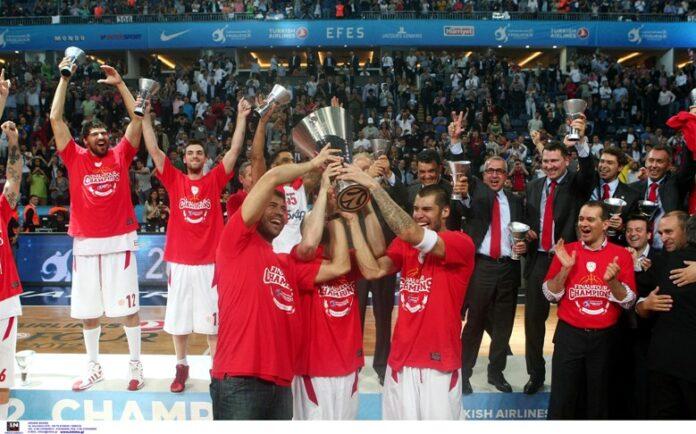 Ντούσαν Ίβκοβιτς – Η θρυλική ανατροπή του 2012 – Όταν ο Ολυμπιακός έγινε «αυτοκράτορας» στην Κωνσταντινούπολη | tovima.gr