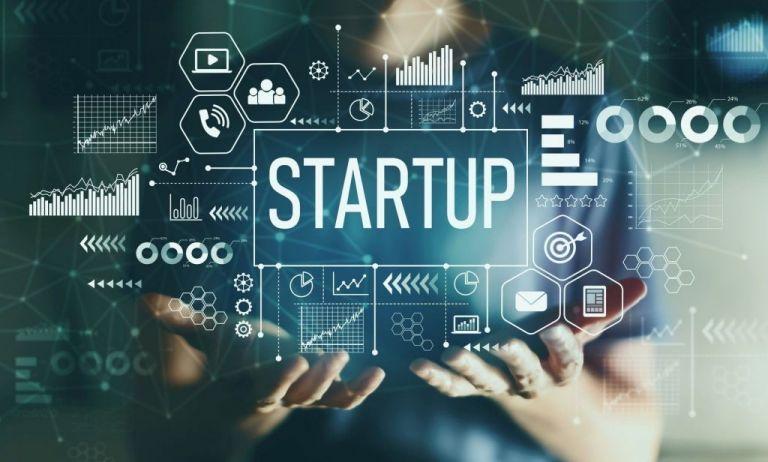 Οταν ο Μητσοτάκης συναντά βραβευμένους «startuppers» | tovima.gr