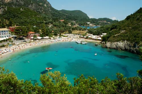 Τραγωδία στην Κέρκυρα – Νεκρός 27χρονος τουρίστας μετά από βουτιά στην Παλαιοκαστρίτσα   tovima.gr