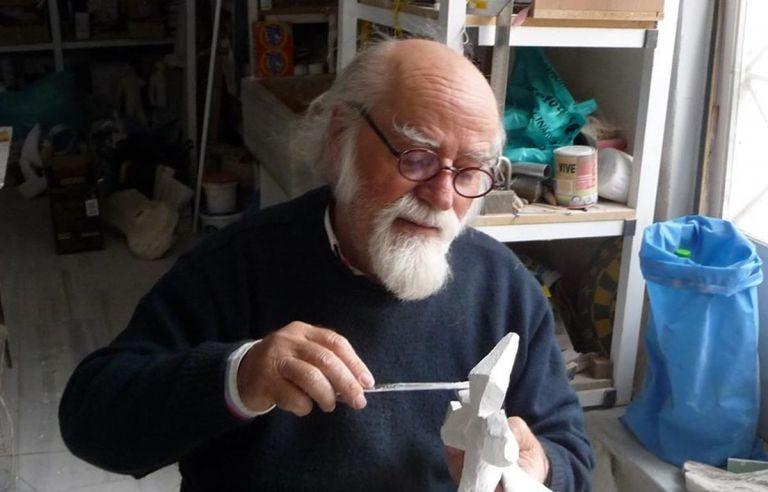 Γιώργος Καλακαλλάς – Πέθανε στα «83» ο γνωστός γλύπτης | tovima.gr