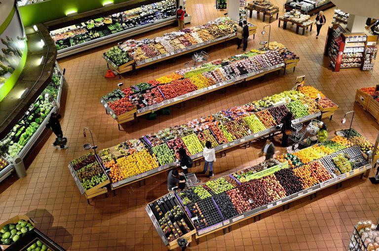 Σούπερ μάρκετ – Αυξήθηκε ο τζίρος – Πού ξόδεψαν περισσότερα χρήματα οι καταναλωτές | tovima.gr