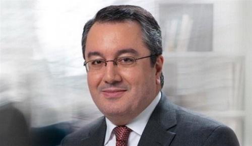 Ο Μόσιαλος «τρολάρει» ξανά τους αντιεμβολιαστές | tovima.gr