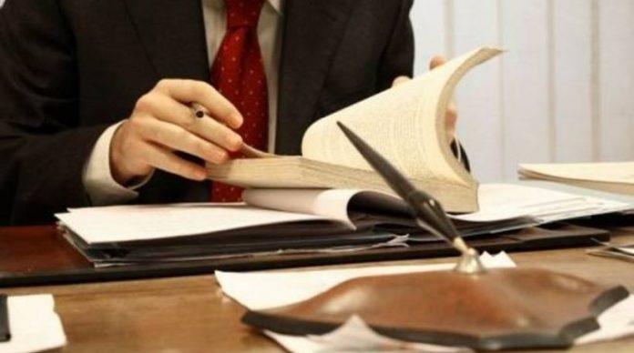 Πειθαρχικές ευθύνες στους δικηγόρους που παραβιάζουν τα υγειονομικά μέτρα   tovima.gr