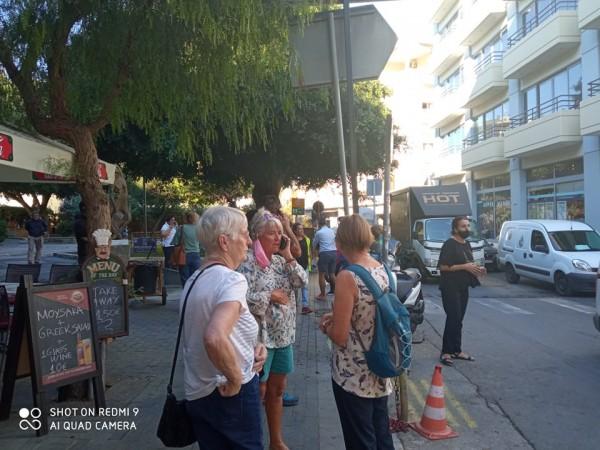 Σεισμός στην Κρήτη – Αναφορές για ζημιές σε σπίτια και μαγαζιά – Ανήσυχοι στους δρόμους οι πολίτες | tovima.gr