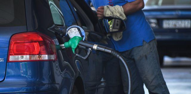 Φωτιά στις τιμές των καυσίμων στην Ελλάδα μετά το «ράλι» του αργού πετρελαίου [πίνακας] | tovima.gr