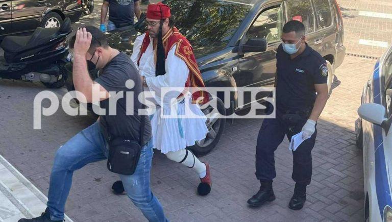 Πύργος – Ποινή φυλάκισης 14 μηνών στον αρνητή «τσολιά»   tovima.gr