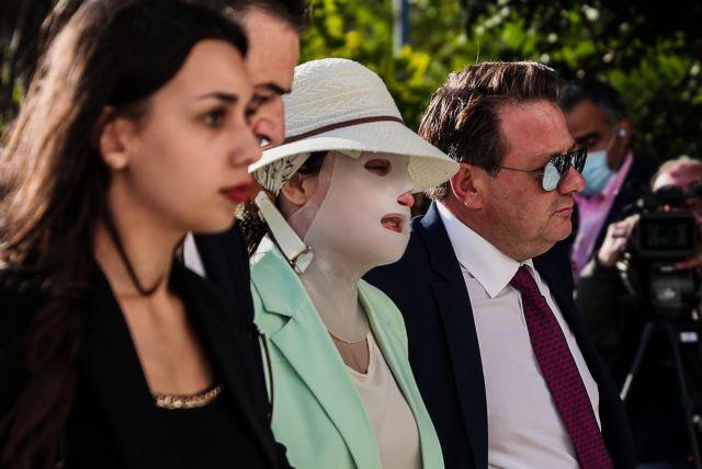 Επίθεση με βιτριόλι – «Η κατηγορούμενη ζήτησε από τον πελάτη μου άλλοθι» – Τι λέει ο δικηγόρος του 36χρονου μάρτυρα | tovima.gr