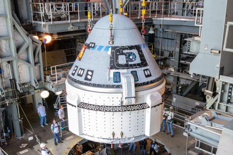 Οι δοκιμές του διαστημικού σκάφους της Boeing πάνε για το 2022 | tovima.gr