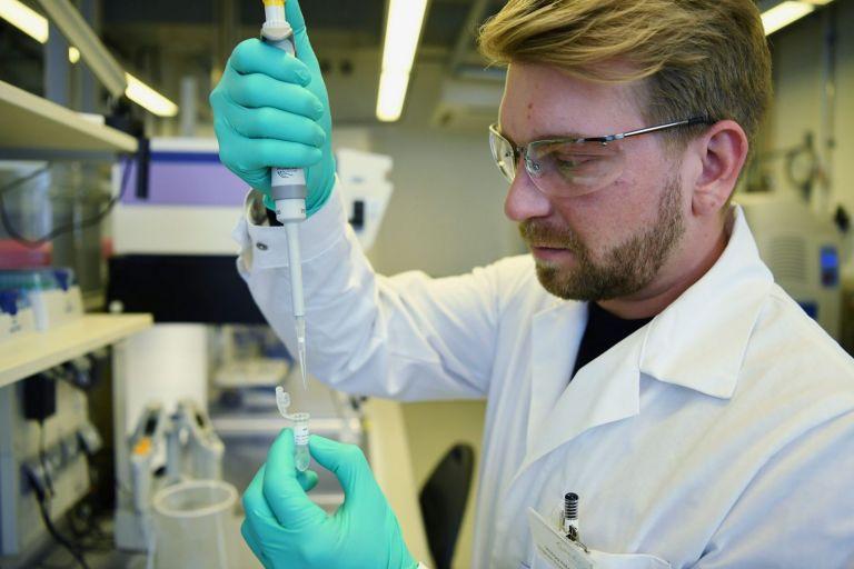 Εμβόλιο – Αποσύρθηκε η αίτηση της CureVac στην Ευρώπη | tovima.gr