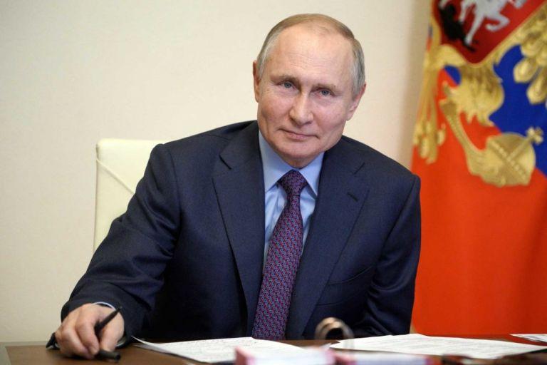 Πούτιν – «Η ρωσική αντιπολίτευση ασκεί σκληρή κριτική στην κυβέρνηση, όσο σε καμία άλλη χώρα» | tovima.gr