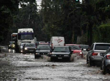 Κακοκαιρία «Μπάλλος» – Πλημμύρισε η Νέα Σμύρνη | tovima.gr